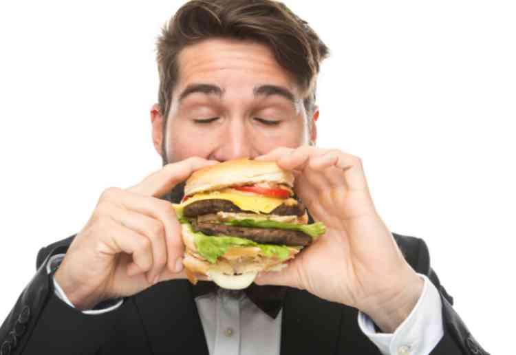 食べ物好きをアピールしろ