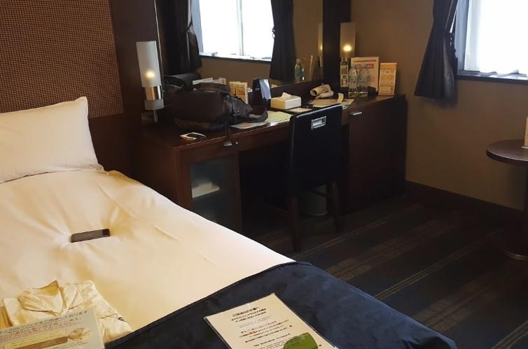 ホテルモントレ グラスミア大阪部屋