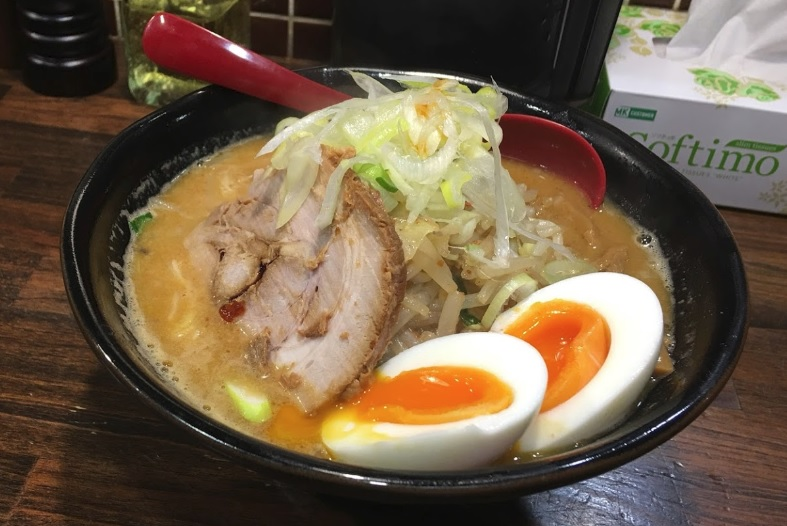 麺処花田池袋店ラーメン