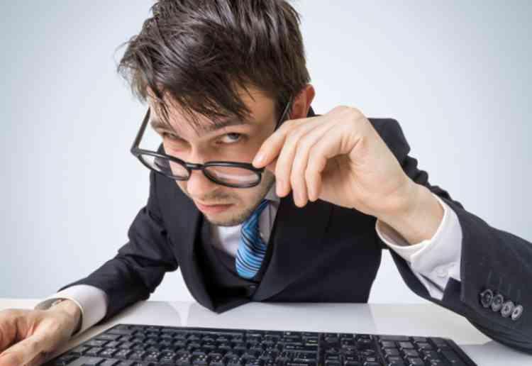 サクラなしの出会い系でも業者に注意が必要イメージ