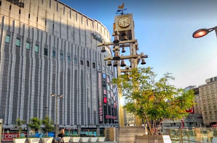 カリヨン広場