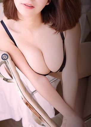 奈緒美さん