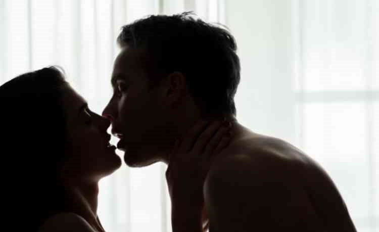 濃厚なキス