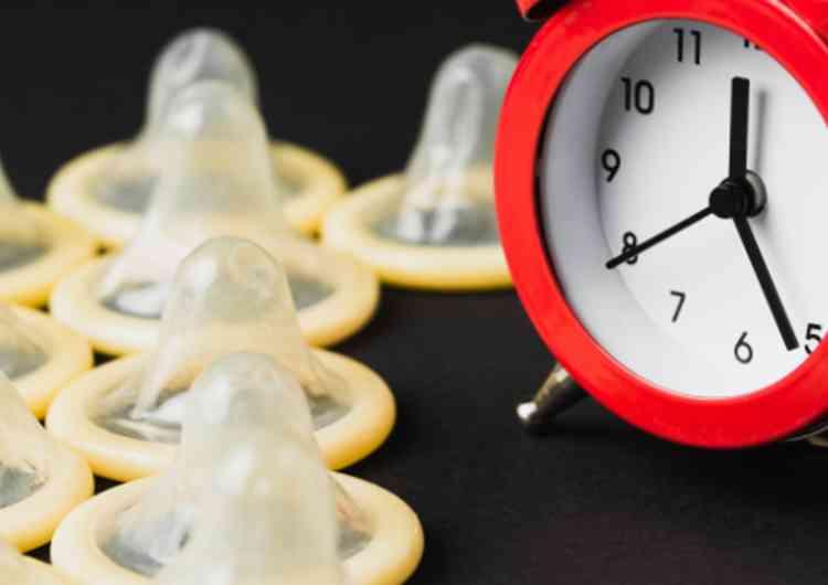 時計とコンドーム